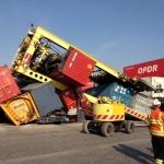 Omgevallen gantry crane